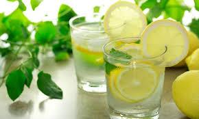 agua con limon para embarazarse